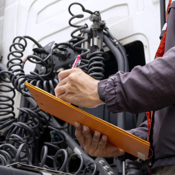 Práticas que podem acabar com seu caminhão